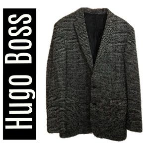 Hugo Boss Wool Blend Blazer With Back Vents 44L